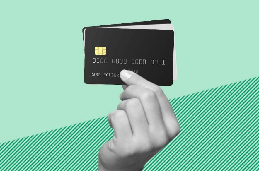 Image to accompany to article explaining the difference between charge cards and credit cards