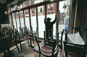 Photo to accompany story about helping restaurants.