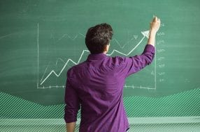 Photo illustration to accompany article on best investing courses.