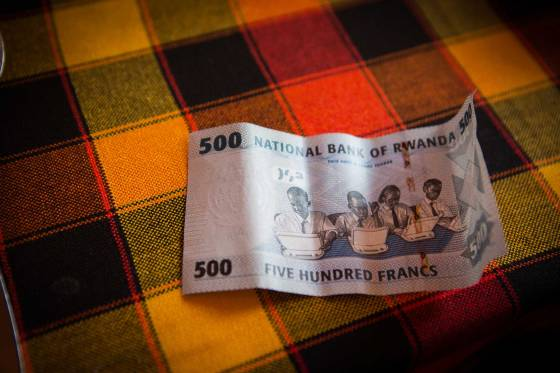The Rwandan five hundred francs bill features students on laptops, representing the one laptop a child movement.