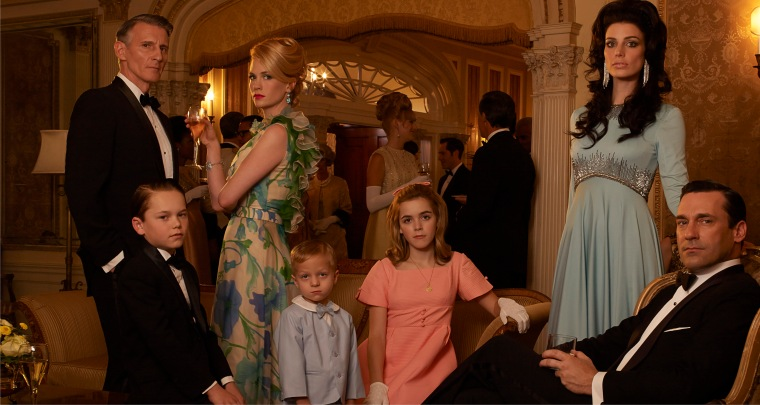 Henry Francis (Christopher Stanley), Bobby Draper (Mason Vale Cotton), Betty Francis (January Jones), Gene Draper (Evan and Ryder Londo), Sally Draper (Kiernan Shipka), Megan Draper (Jessica Pare) and Don Draper (Jon Hamm)