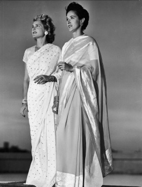 Margaret Bourke-White and Lee Eitingon in India, 1947