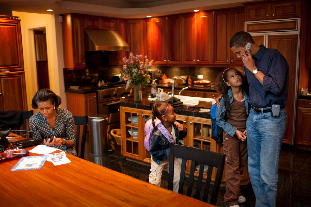 Senator Barak Obama spends time with his daughters Malia, 8, and Sasha, 5, and wife Michelle before the girls leave for school