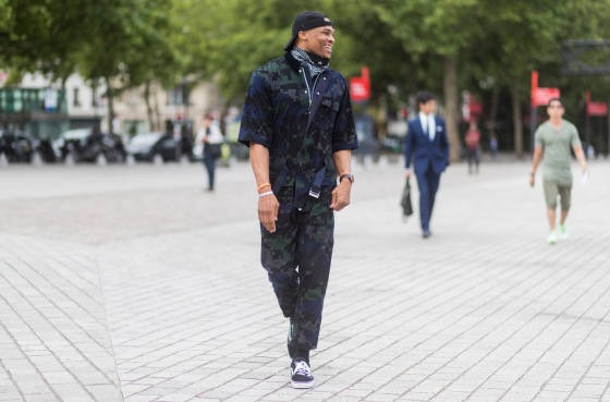 Street Style - Paris Fashion Week - Menswear Spring/Summer 2018 : Day Four