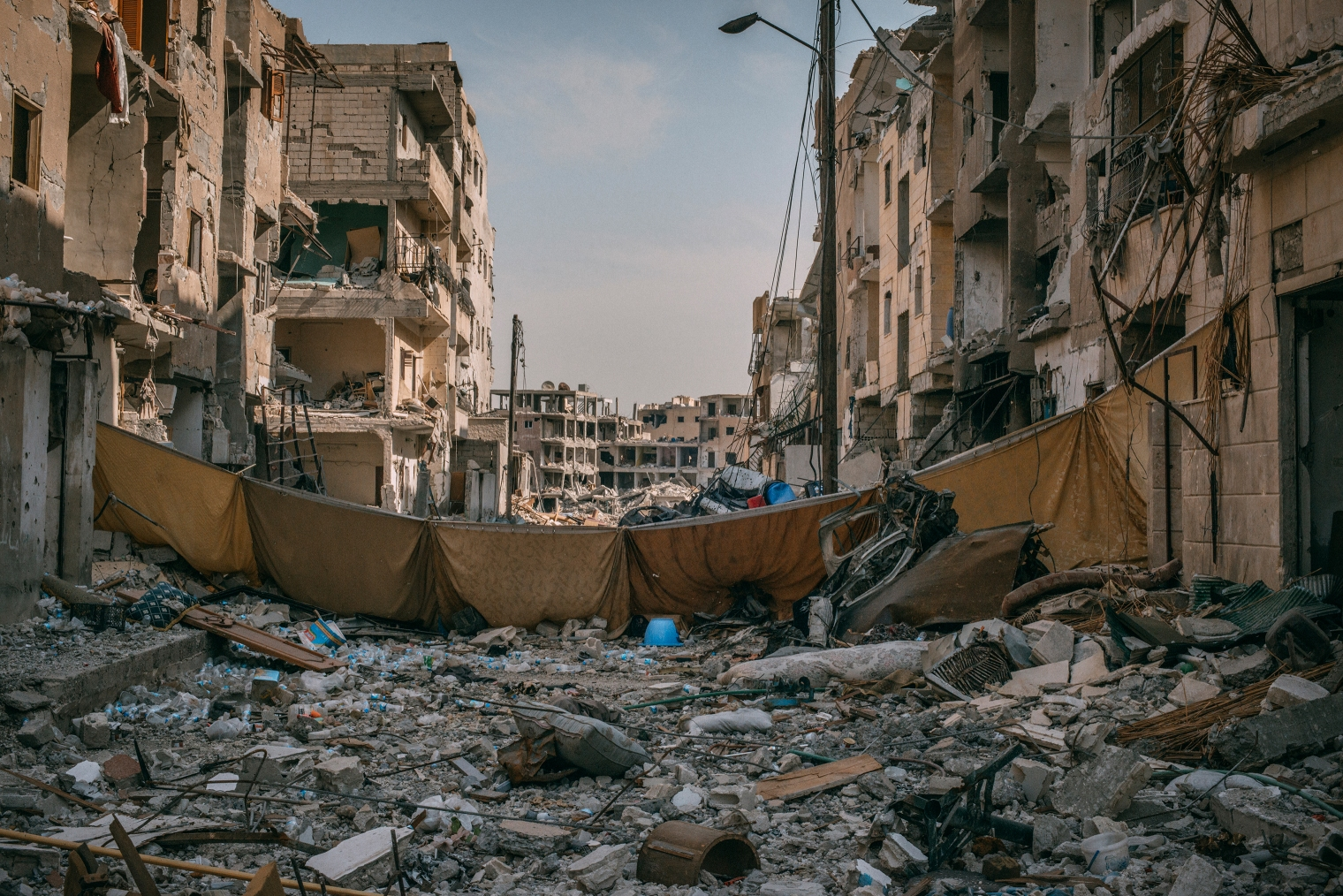emanuele-satolli-raqqa-syria-reconstruction-chemistry-street