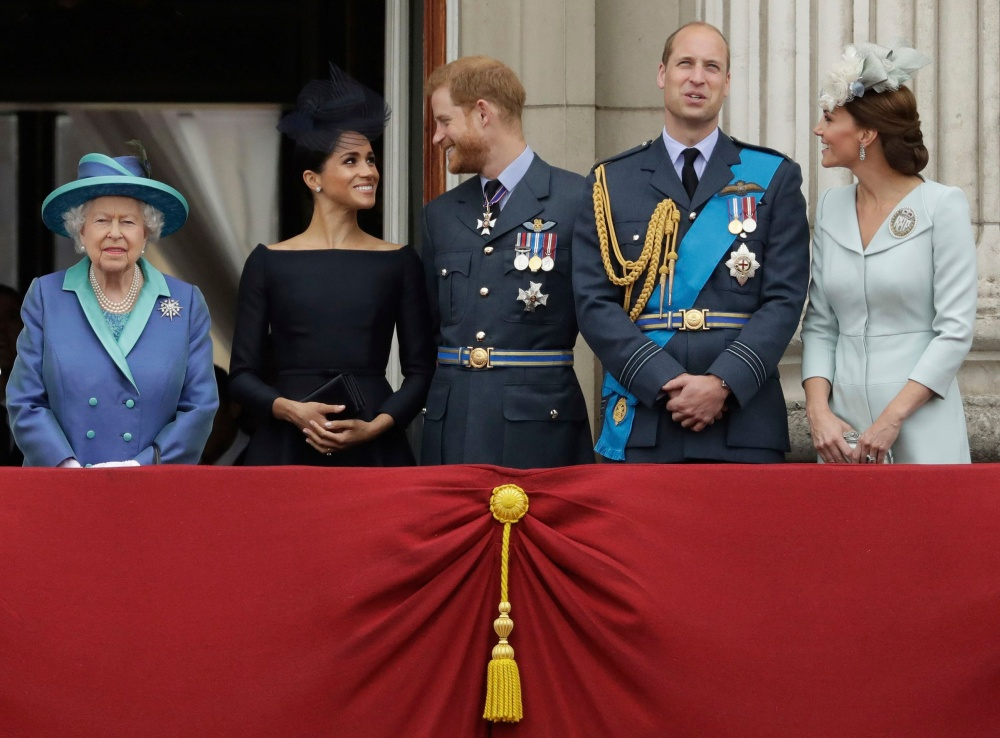 meghan-markle-prince-harry-queen