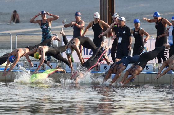 OLY-2020-JAPAN-SWIM-TRIATHLON